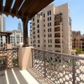 4 cheques 2BR in Old Town with Pool view